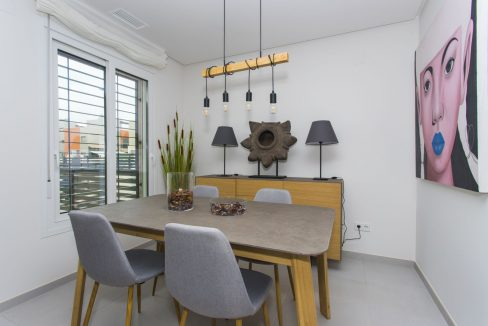 3 Bedrooms Townhouses with Solarium and Communal Pool in Torrevieja (19)
