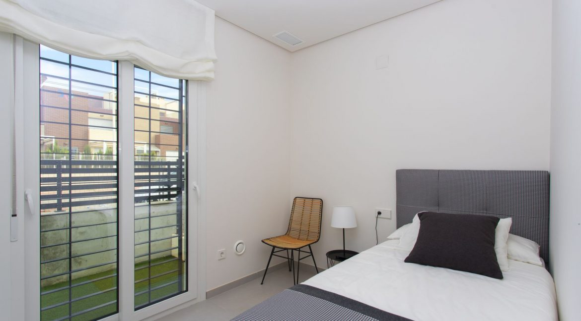 3 Bedrooms Townhouses with Solarium and Communal Pool in Torrevieja (28)
