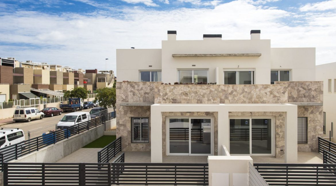 3 Bedrooms Townhouses with Solarium and Communal Pool in Torrevieja (34)