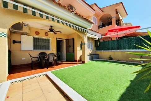 3 bedrooms corner house for sale in Santa Pola - Novamar - Gran Alacant