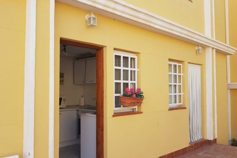 3 Bedrooms Townhouse with Swimming Pool and Parking For Sale in Santa Pola