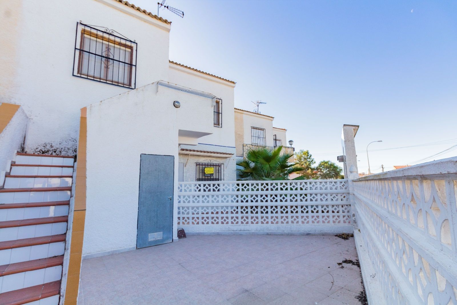 Bargain – 2 Bedrooms Top Floor Bungalow For Sale in Torrevieja