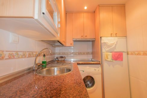 Bargain Torrevieja - 2 Bedrooms Top Floor Bungalow For Sale in Torrevieja (8)
