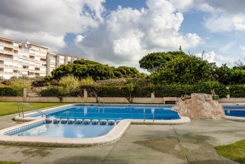 2 Bedrooms Apartment For Sale 200 Meters from La Mata Beach - Torrevieja (1)