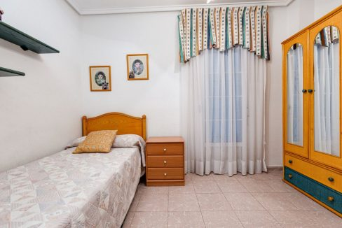 2 Bedrooms Apartment For Sale 200 Meters from La Mata Beach - Torrevieja (10)