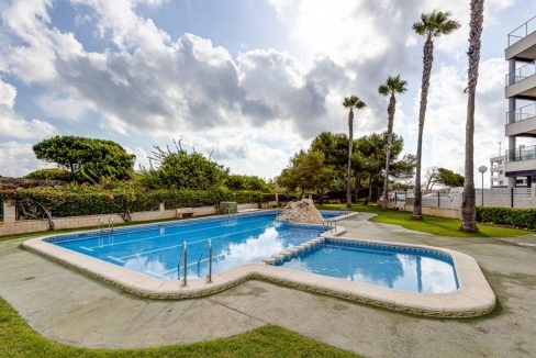 2 Bedrooms Apartment For Sale 200 Meters from La Mata Beach - Torrevieja (11)