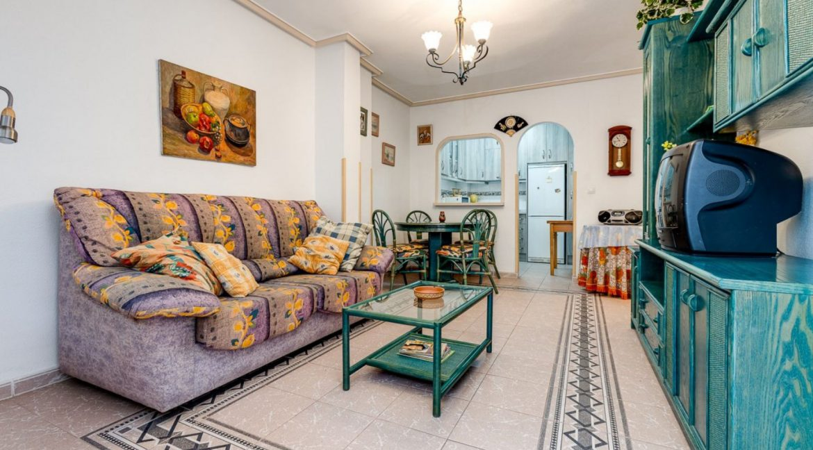2 Bedrooms Apartment For Sale 200 Meters from La Mata Beach - Torrevieja (7)