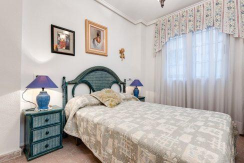 2 Bedrooms Apartment For Sale 200 Meters from La Mata Beach - Torrevieja (8)