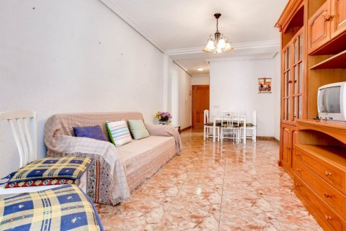 2 Bedrooms Apartment For Sale 400 Meters from El Cura Beach - Torrevieja (7)