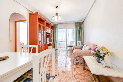 2 Bedrooms Apartment For Sale 400 Meters from El Cura Beach - Torrevieja (8)
