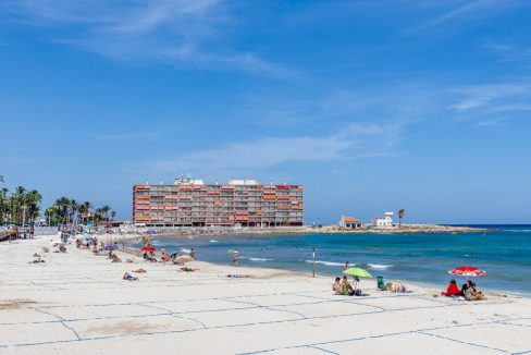 2 Bedrooms Apartment For Sale Close to Los Locos Beach - Torrevieja (16)