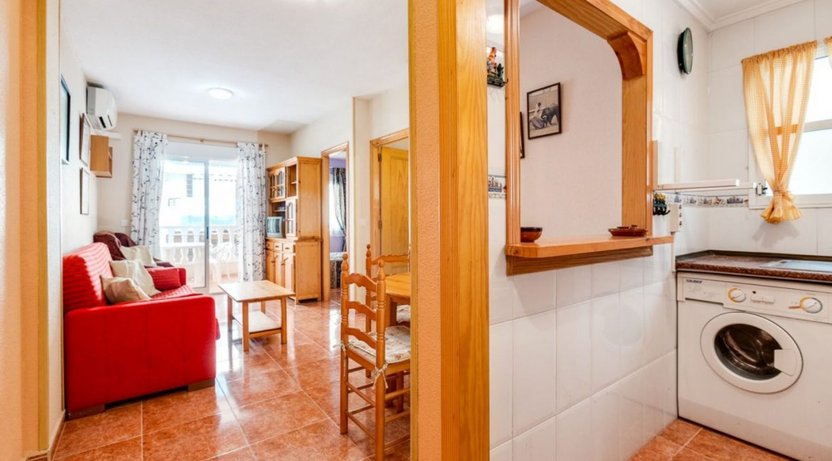 2 Bedrooms Apartment For Sale Close to Los Locos Beach - Torrevieja (20)
