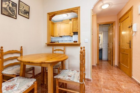 2 Bedrooms Apartment For Sale Close to Los Locos Beach - Torrevieja (7)
