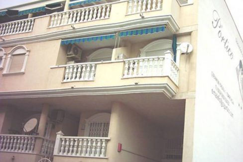 2 Bedrooms Apartment For Sale Just 600 Meters From El Cura Beach – Torrevieja