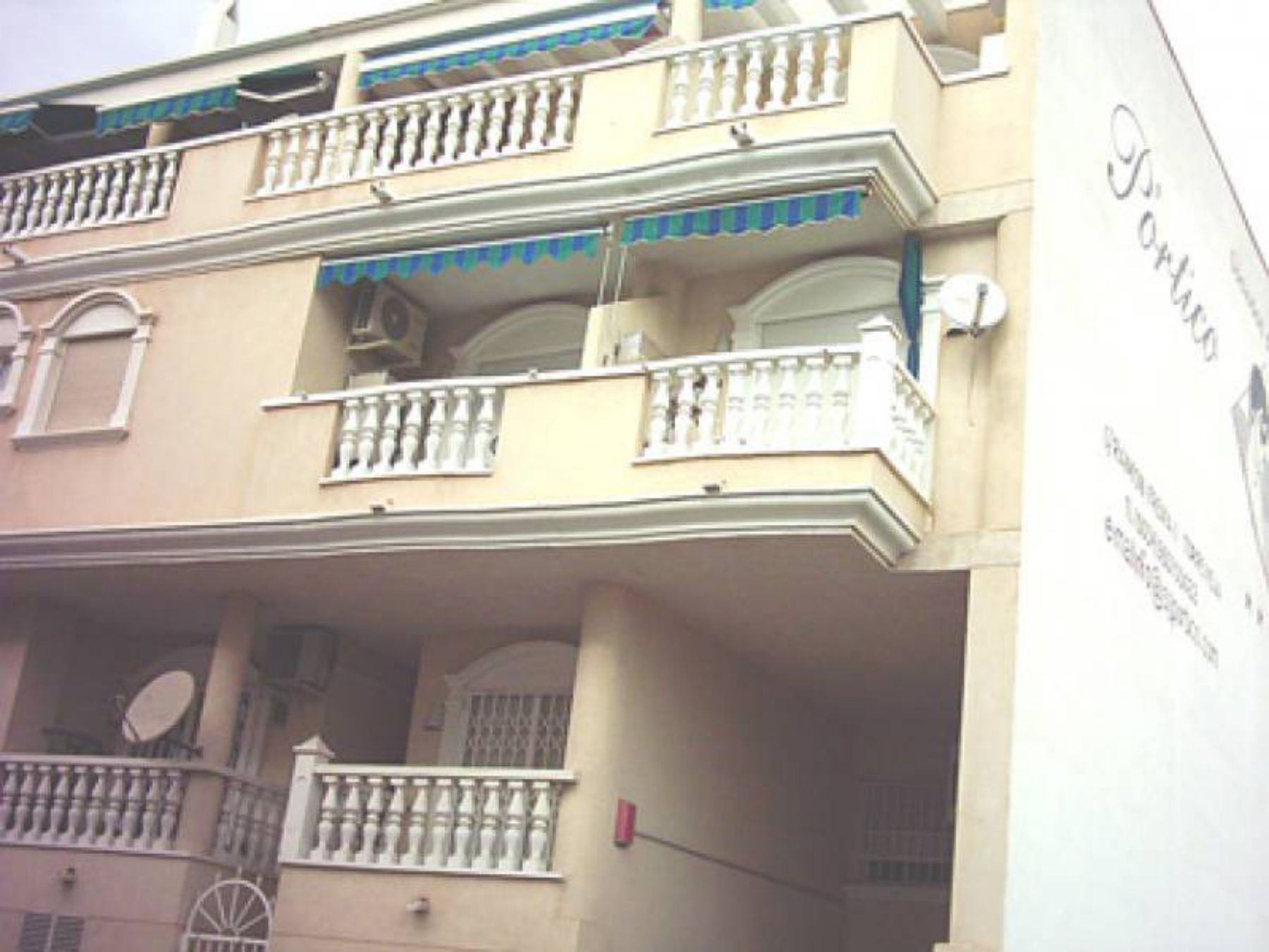 3 Bedrooms Apartment For Sale Just 600 Meters from El Cura Beach – Torrevieja