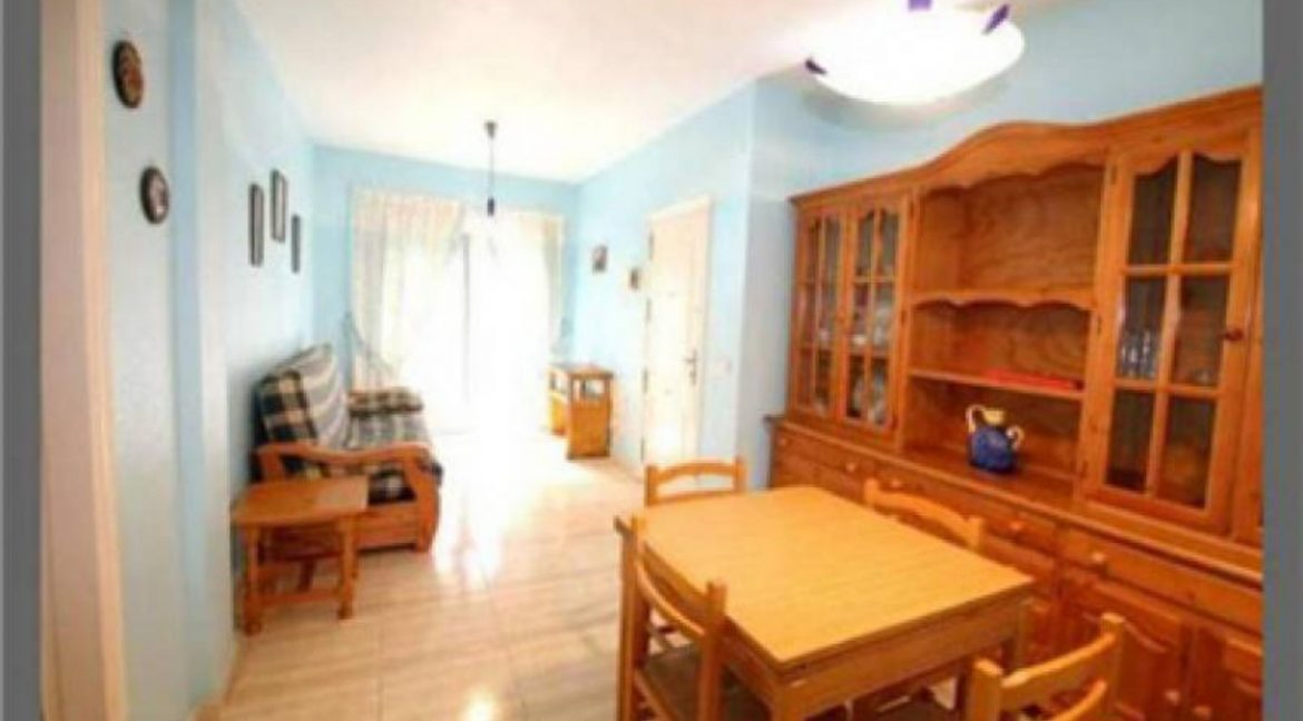 2 Bedrooms Apartment For Sale Just 600 Meters from El Cura Beach - Torrevieja (5)
