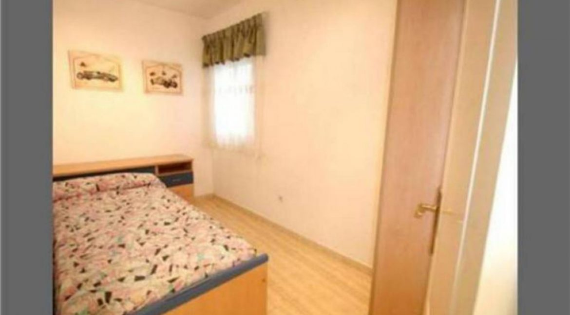 2 Bedrooms Apartment For Sale Just 600 Meters from El Cura Beach - Torrevieja (7)