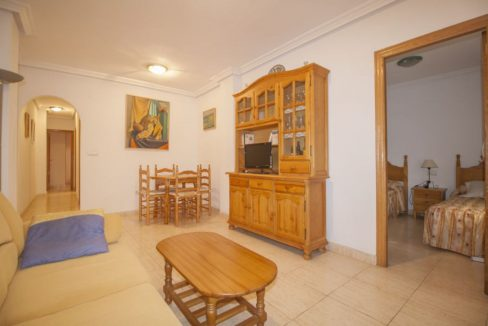 2 Bedrooms Apartment For Sale in Acequion Beach - Torrevieja