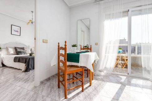2 Bedrooms Apartment For Sale with Large Terrace in Torrevieja (14)