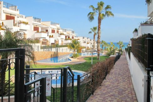 2 Bedrooms Ground Floor Apartment For Sale with Large Patio and Communal Pool - Torrevieja