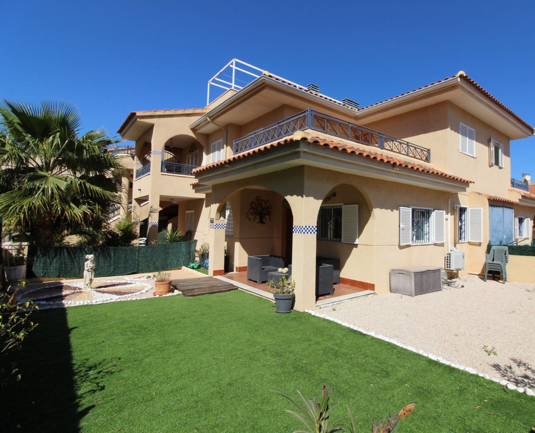 3 Bedrooms Townhouse For Sale in Santa Pola – Gran Alacant