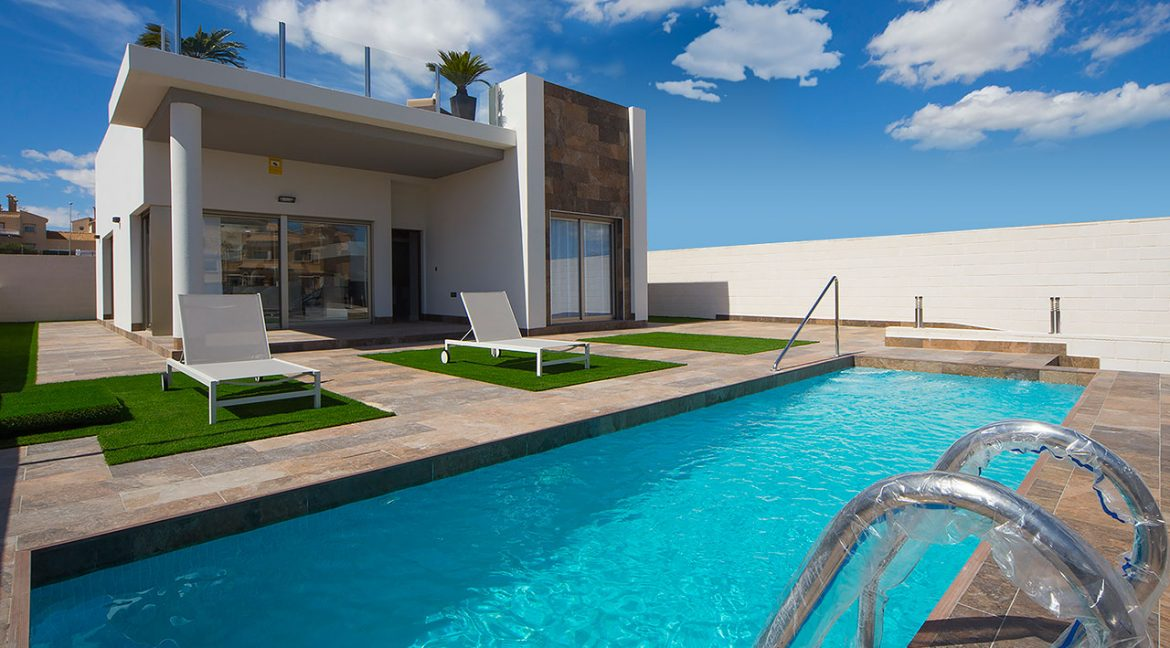 New Build 3 Bedrooms Villas with Swimming Pool For Sale in Orihuela Costa (1)