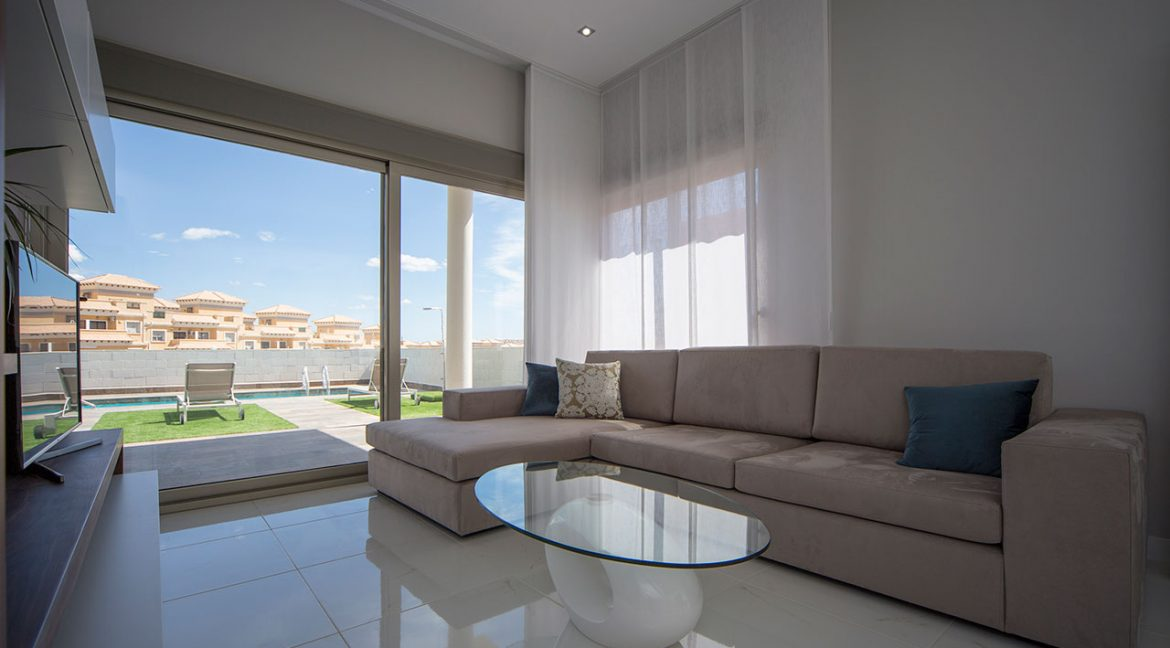 New Build 3 Bedrooms Villas with Swimming Pool For Sale in Orihuela Costa (16)