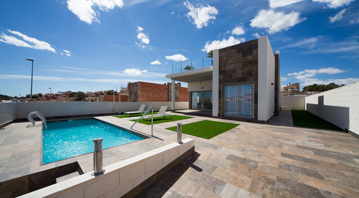 New Build 3 Bedrooms Villas with Swimming Pool For Sale in Orihuela Costa (20)