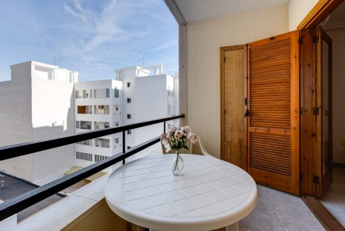 Studio For Sale in Torrevieja with Terrace and Swimming Pool (13)