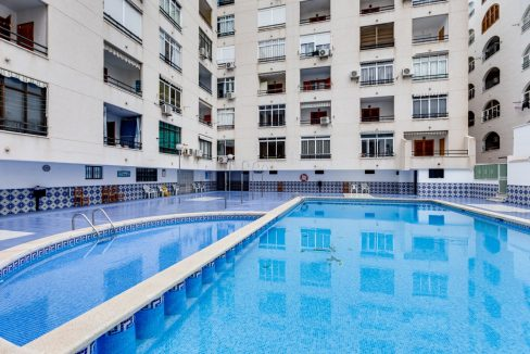 Studio For Sale in Torrevieja with Terrace and Swimming Pool