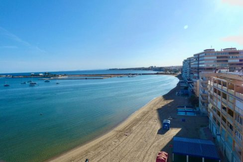 2 Bedrooms Apartment For Sale with Sea View in Torrevieja