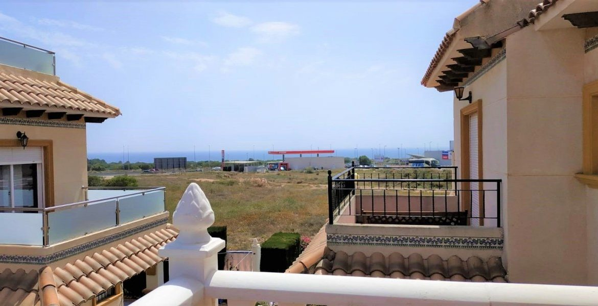 3 Bedrooms Corner Townhouse with Sea Views For Sale in Orihuela Costa (26)
