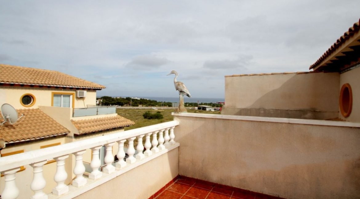 3 Bedrooms Corner Townhouse with Sea Views For Sale in Orihuela Costa (4)