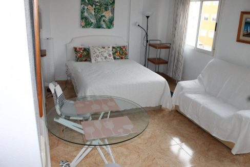 Studio For Sale With Swimming Pool And Clear Views In Torrevieja