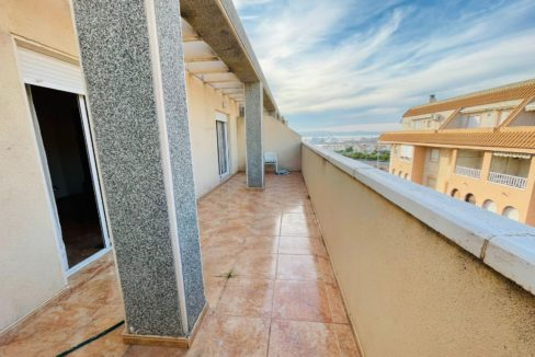 2 Bedrooms Penthouse Just 400 Meters from Acequion Beach For Sale in Torrevieja