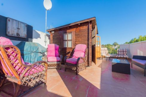 2 Bedrooms Semi-Detached Property with Covered Parking Space For Sale in Los Balcones