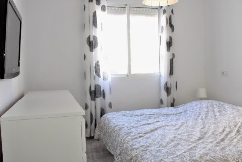 2 Bedrooms Semi-detached Renovated Bungalow with Private Solarium