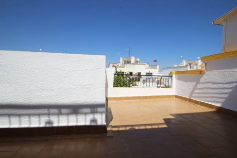 3 Bedrrooms Corner Townhouse with Private Solarium and Swimming Pool For Sale in Torrevieja - Carrefour