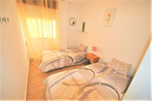 Ground Floor Apartment For Sale in Playa del Cura - 50 meters from the beach (12)