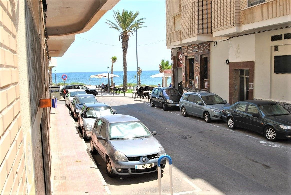 Ground Floor 3 Bedrooms Apartment with Lateral Sea Views – Playa del Cura