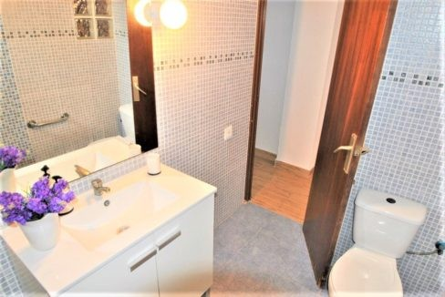 Ground Floor Apartment For Sale in Playa del Cura - 50 meters from the beach (7)