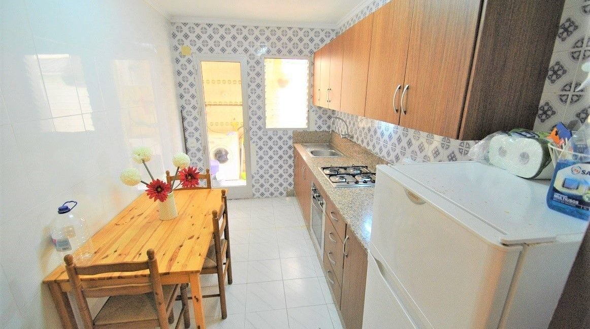 Ground Floor Apartment For Sale in Playa del Cura - 50 meters from the beach (9)