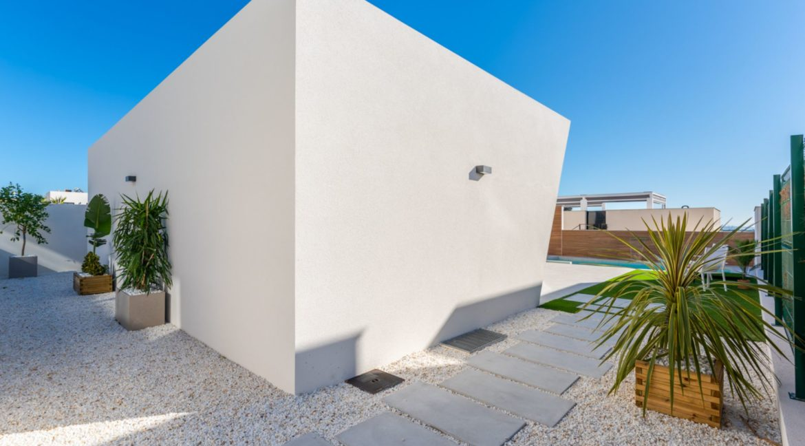 New Build 3 Bedrooms Villa with Basement and Pool For Sale in Ciudad Quesada (3)