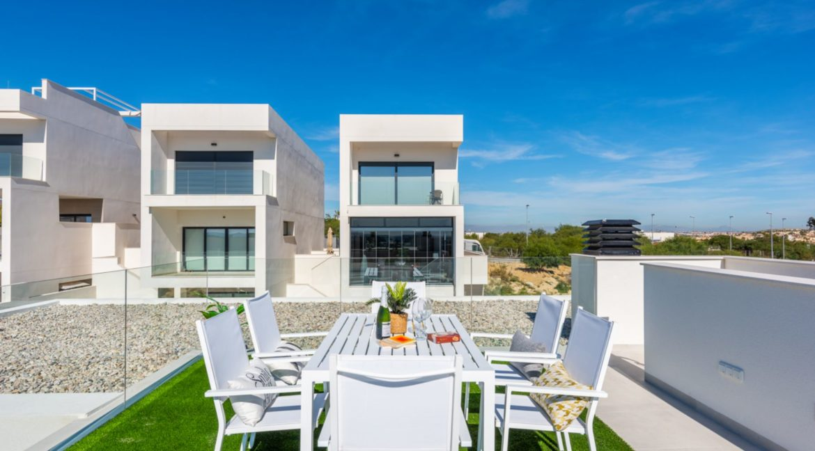 New Build 3 Bedrooms Villa with Basement and Pool For Sale in Ciudad Quesada (36)