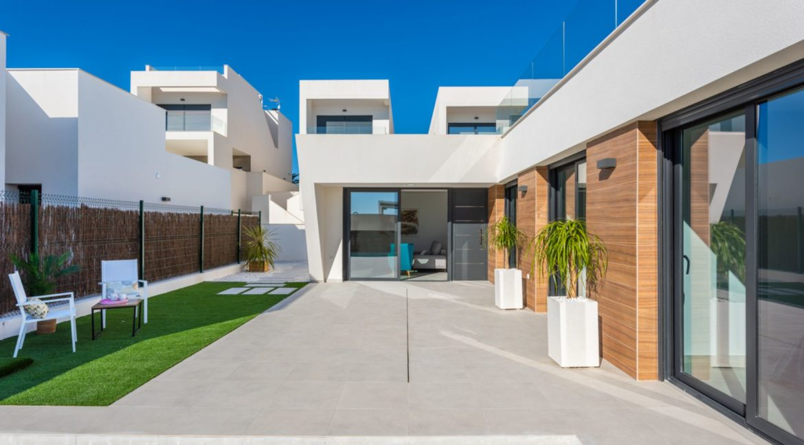 New Build 3 Bedrooms Villa with Basement and Pool For Sale in Ciudad Quesada (8)