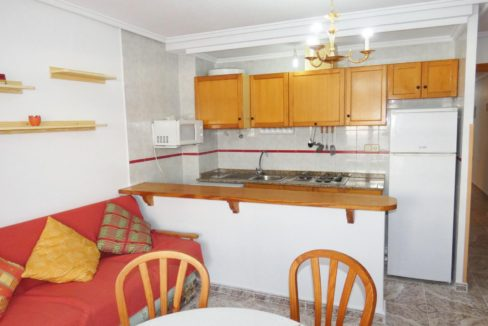 2 Bedrooms Apartment Just 250 Meters from El Cura Beach For Sale in Torrevieja