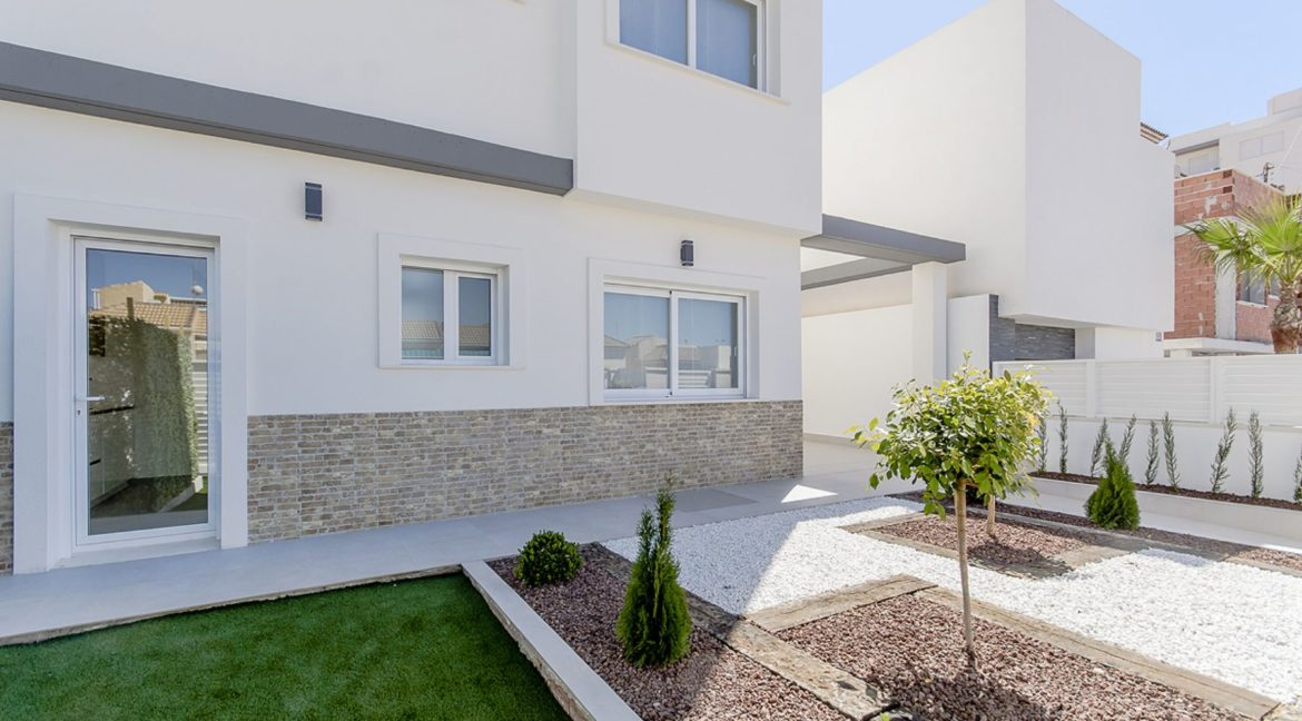 New Build 3 Bedrooms Villas with Basement For Sale in Cabo Cervera - Torrevieja (123)