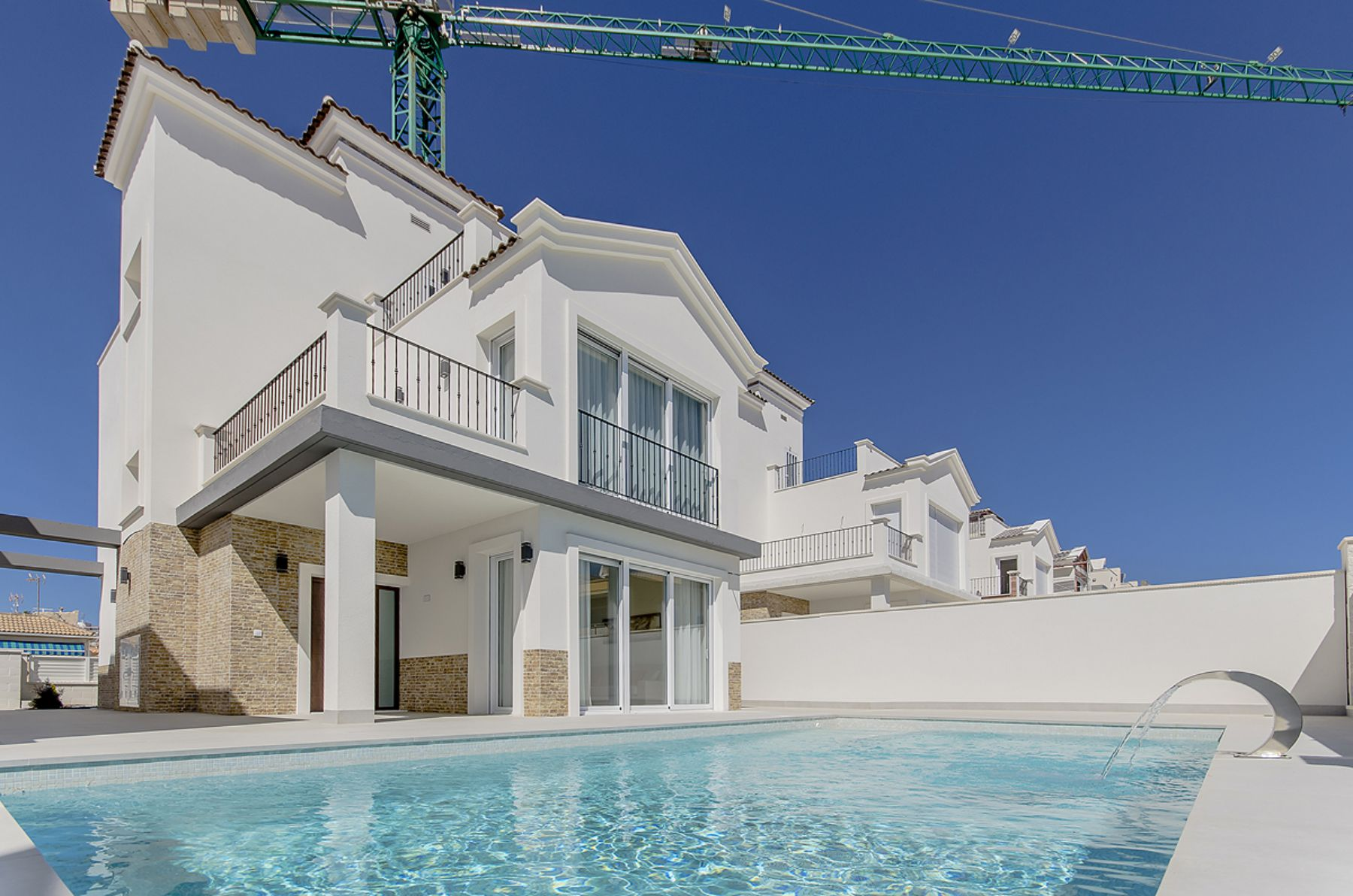 New Build 3 Bedrooms Villas with Basement For Sale in Cabo Cervera – Torrevieja