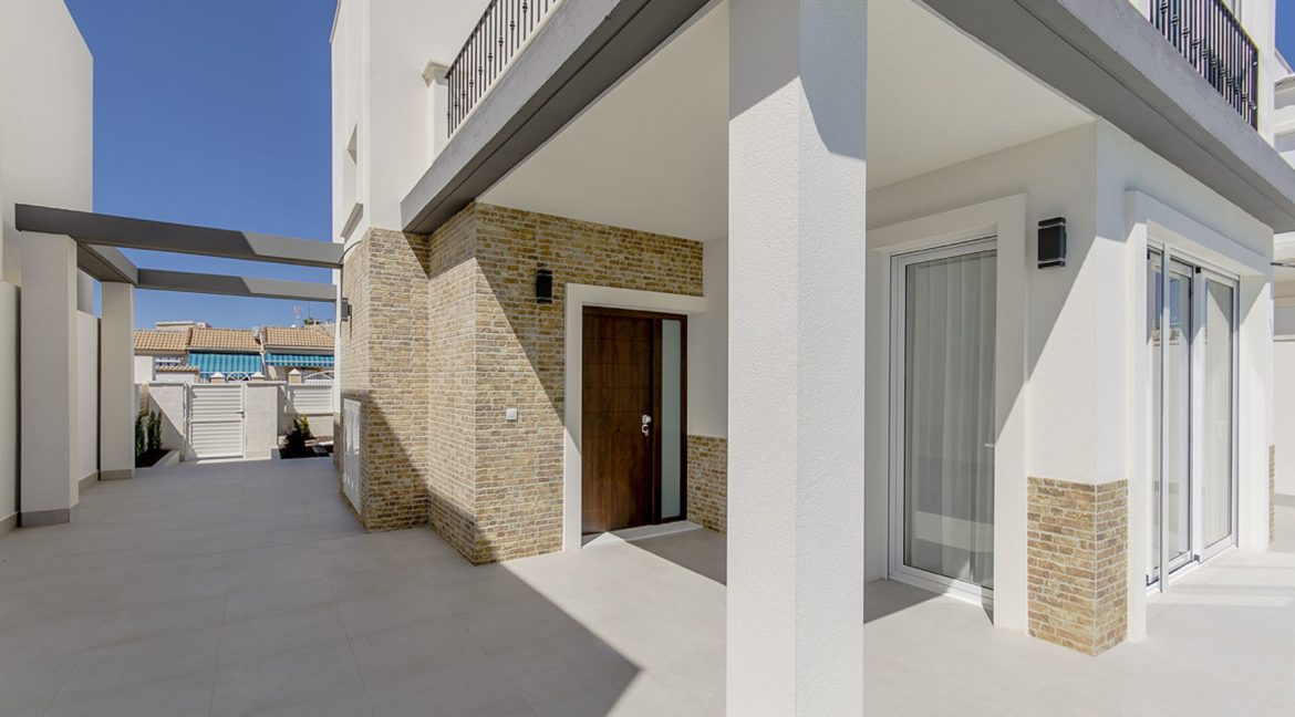 New Build 3 Bedrooms Villas with Basement For Sale in Cabo Cervera - Torrevieja (135)