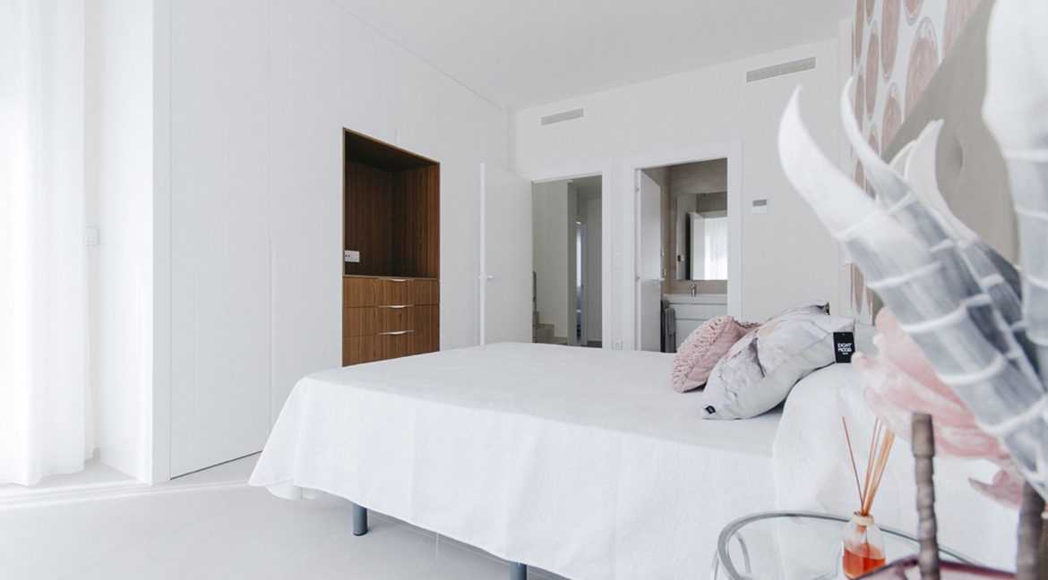 New Build 3 Bedrooms Villas with Basement For Sale in Cabo Cervera - Torrevieja (41)